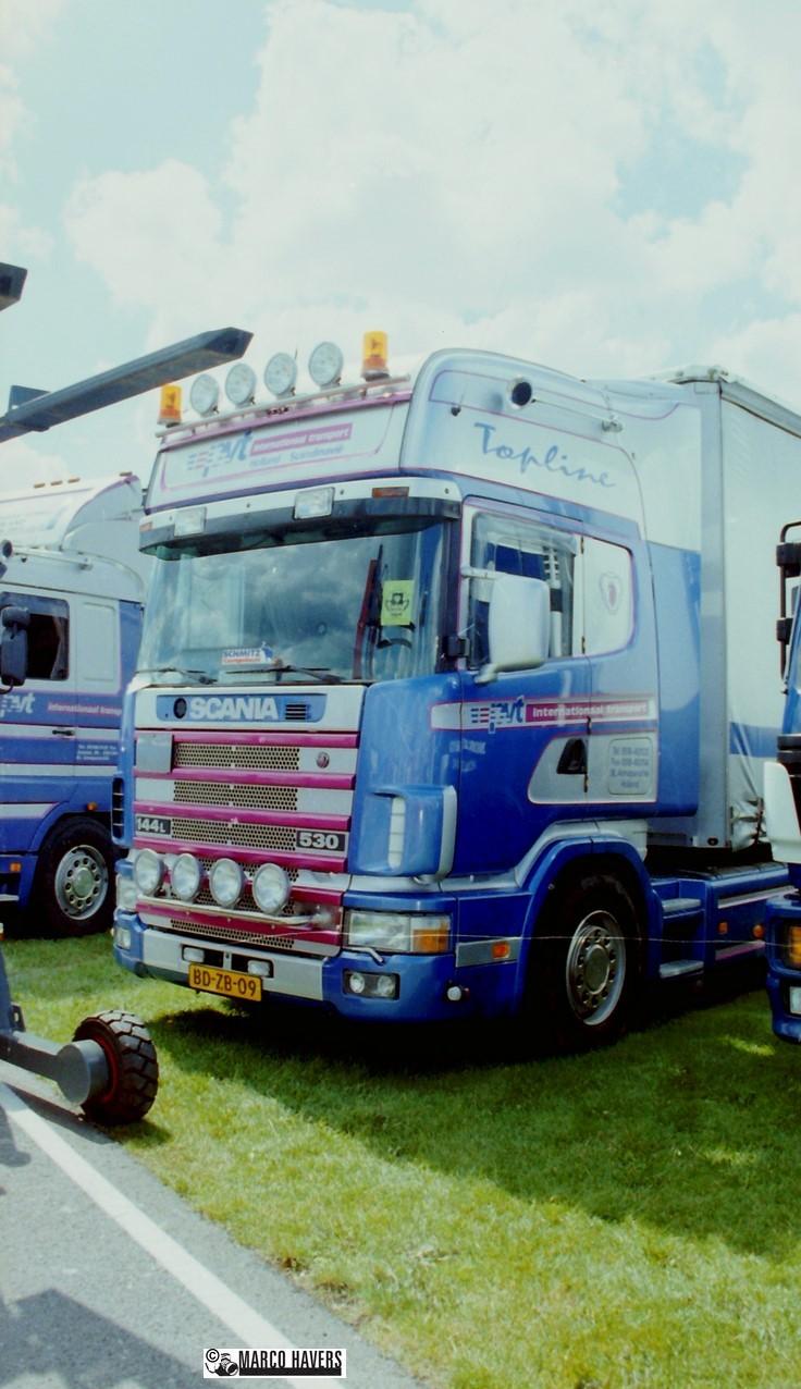 Scania 144 pvt pvt uit St. Anne een van de mooiste trucks uit de regio. Deze werd eind 1997 of begin 1998 vervangen door een Scania 144, die na een paar jaar helaas werd gestolen. Gelukkig hebben we de foto's nog!uit St. Anne een van de mooiste trucks uit de regio. Deze werd eind 1997 of begin 1998 vervangen door een Scania 144, die na een paar jaar helaas werd gestolen. Gelukkig hebben we de foto's nog!uit St. Anne een van de mooiste trucks uit de regio. Deze werd eind 1997 of begin 1998 vervangen door een Scania 144, die na een paar jaar helaas werd gestolen. Gelukkig hebben we de foto's nog!uit St. Anne een van de mooiste trucks uit de regio. Deze werd eind 1997 of begin 1998 vervangen door een Scania 144, die na een paar jaar helaas werd gestolen. Gelukkig hebben we de foto's nog!uit St. Anne een van de mooiste trucks uit de regio. Deze werd eind 1997 of begin 1998 vervangen door een Scania 144, die na een paar jaar helaas werd gestolen. Gelukkig hebben we de foto's nog!uit St. Anne een van de mooiste trucks uit de regio. Deze werd eind 1997 of begin 1998 vervangen door een Scania 144, die na een paar jaar helaas werd gestolen. Gelukkig hebben we de foto's nog!uit St. Anne een van de mooiste trucks uit de regio. Deze werd eind 1997 of begin 1998 vervangen door een Scania 144, die na een paar jaar helaas werd gestolen. Gelukkig hebben we de foto's nog!uit St. Anne een van de mooiste trucks uit de regio. Deze werd eind 1997 of begin 1998 vervangen door een Scania 144, die na een paar jaar helaas werd gestolen. Gelukkig hebben we de foto's nog!uit St. Anne een van de mooiste trucks uit de regio. Deze werd eind 1997 of begin 1998 vervangen door een Scania 144, die na een paar jaar helaas werd gestolen. Gelukkig hebben we de foto's nog! pvt pvt pvt pvt