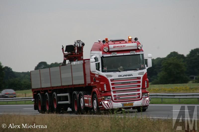 Volvo FH4 van Henken uit Veenendaal.