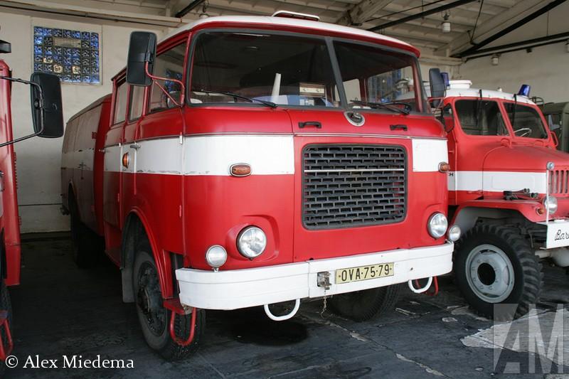 Skoda 706