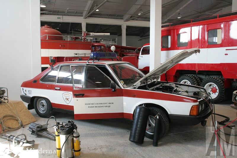 Tatra T623